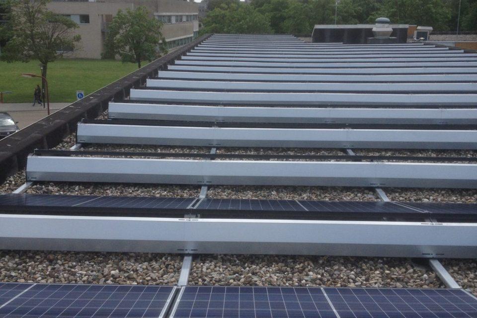 zonnepanelen te dicht bij de dakrand 960640